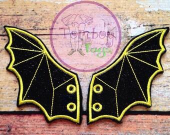 Bat shoe wings