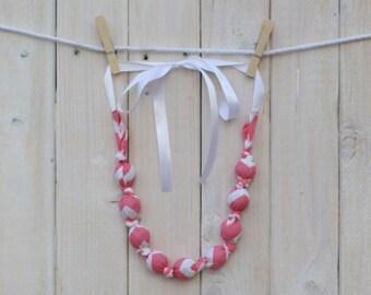 Teething/Nursing Necklace - Pink Chevron