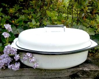 Vintage Enamelware Roasting Pan with Lid, White Enamelware Roasting Pan, Lidded Roasting Pan, Vintage Roasting Pan, Cookware Ovenware, 1940s