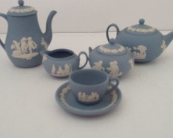 FREE Shipping Wedgewood Miniature Jasperware Coffee and Tea Set with Original Boxes