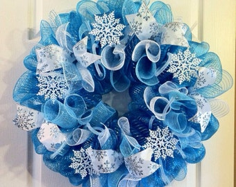Winter Wreath/ Snowflake Deco Mesh wreath/ January Wreath / Let it Snow Wreath/ Sparkly Snowflake Wreath