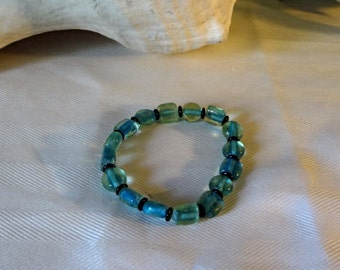 Teal Green 8 inch Glass Bracelet, Black spacer beads, blue and green beads