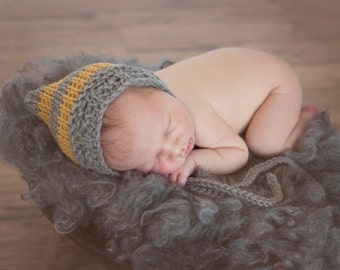 Newborn Hat, Newborn Bonnet, Newborn Photo Prop, Crochet Baby Hat, Baby Boy Hat, Baby Girl Hat, GOLD Grey Baby Hat, Winter Baby Bonnet, GOLD