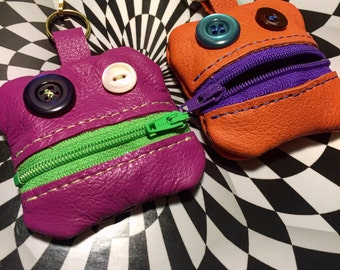 Do-dads Dudes! Cool little robot monster lookin Handmade Leather Coin Pouch Keychain / Bag Charm!