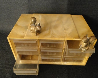 Vintage Nut and Bolt 9 Drawer Container....Storage
