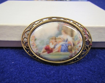 vintage Ornate metal  Oval Cameo style Brooch or  Pin :