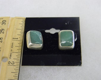 Sterling Silver Green Stine Post Earring #7006