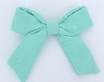 Infant Hair Clip, Hair Clip  Bow, Hair Clip, Baby Bow Clip, Hair Bow for Babies, Handmade Hair Clip, Baby Accessories, Hair Accessories