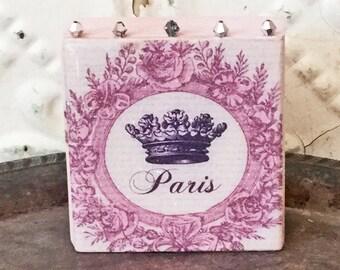 Paris Crown Art Block