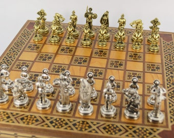 SUMMER SALE 30% OFF  Don Quijote Chess set / Wooden box (24X24cm)