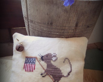 mERRY FLAG primitive pattern pincushion