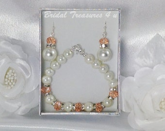 Ivory Cream Pearl Peach Bracelet and Earring Set, Peach Bridesmaid Jewelry Set, Wedding Jewelry, Bridesmaid Gift - BMS467