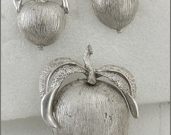 ON SALE Vintage Sarah Coventry Silver Tone Apple Brooch and Clip On Earring Set