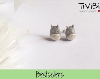 Totoro post earrings