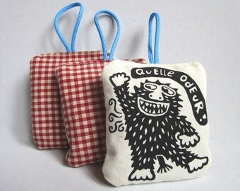 Quelle odeur, lavender bag, lavender sachet, screen printed