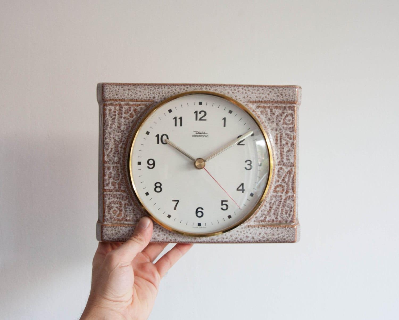 Battery Powered Wall Clock Vintage Kitchen Clock Ceramic