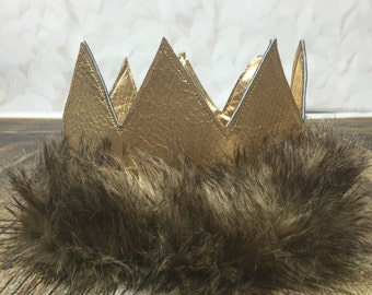 Max Whwre the Wild Things Are Crown