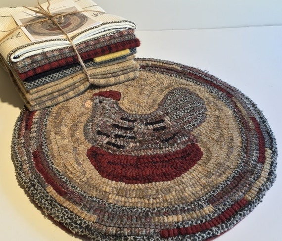 "Primtive Rug Hooking Kit for ""Harriet"" Chair Pad  14"" Round  K114"