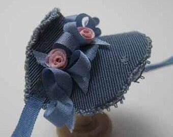 Bonnet - dollhouse miniature 1:12 scale