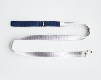 Oh! Basic Leash / Blue Nautical Striped