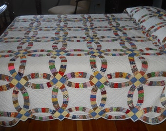 "Fabulous!  Vintage Double Wedding Ring Quilt.  Never Used.  8 SPI.  98"" x 88"""