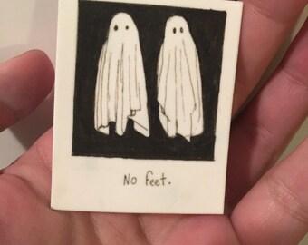 Ghosts No Feet(Beetlejuice) -Brooch-Pin