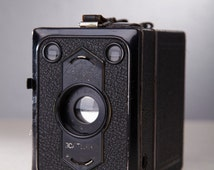 Vintage Camera Zeiss Ikon. Zeiss Ikon Box-Tengor. Box Camera. Leather case.