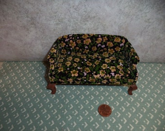 1:12 scale Dollhouse Miniature Vintage Black velour with yellow flowers