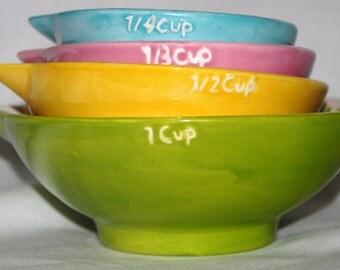 Ceramic liguid measuring cups