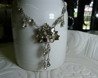 White rhinestone drop Y necklace [MV]