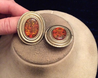 Vintage Chunky Large Goldtone & Amber-Like Stone Clip On Earrings