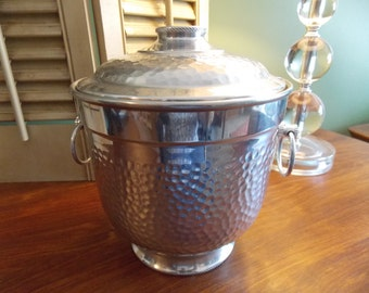 ICE BUCKET Mid Century Hammered Aluminum Barware, Made in Italy Insulated Ice Bucket