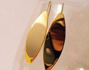 Shape EARRINGS earring hook GOLD plated