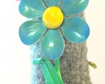 Vintage Blue Green Daisy  Enamel Flower Brooch/Pin