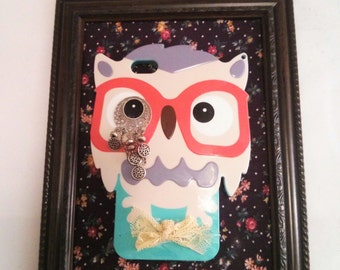 Upcycled Owl Iphone case into Wall decor