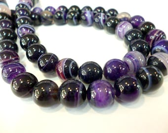 Natural Purple Agate _CP008124700235_GEMS_Agate_purple SMOOTH_OF 8 mm_strand 45 pcs