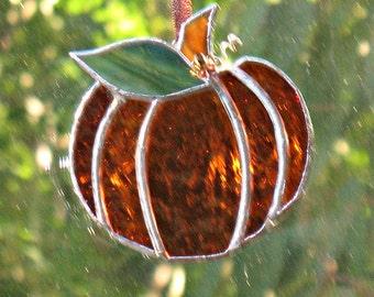 Small pumpkin suncatcher stained glass halloween decoration, amber glass home decor, stained glass art fall decor, autumn home ornament