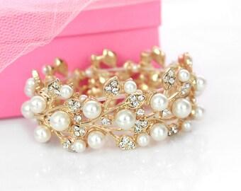 Gold wedding bracelet pearl bracelet statement bridal bracelet rhinestone pearl bridal wedding jewelry bridesmaid gift B0111G