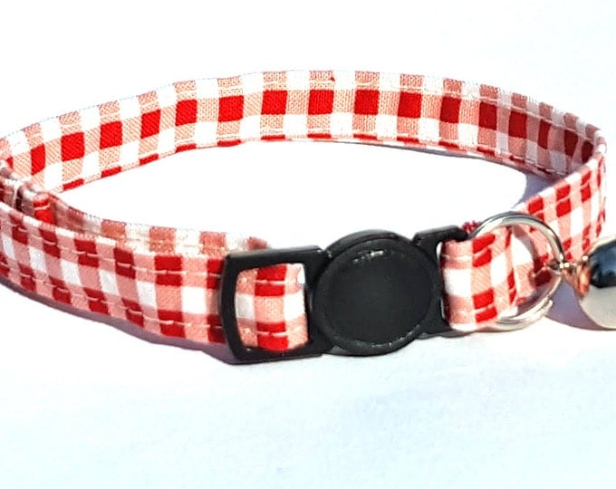 Country red gingham fabric