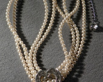 Vintage 4 strand Faux Pearl fancy Heart rhinestone choker necklace W    **RL