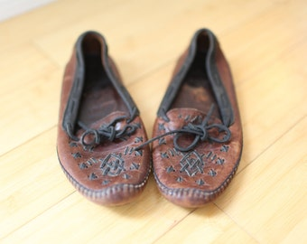 vintage cole haan brown & black leather moccasin loafers womens 7 1/2