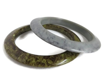 Marbled Lucite Bangles, Vintage Bracelets, Gray, Green Marbled Bracelets, Lucite Bangle Pair