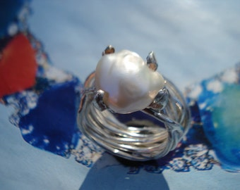 White Pearl Ring -  FW Baroque Pearl Silver Ring - Chunky Silver Ring K260