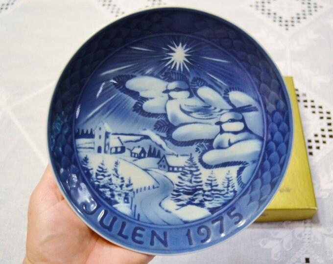 Vintage Julen 1975 Decorative Plate Blue White Winter Snow Grande Porcelain of Copenhagen PanchosPorch