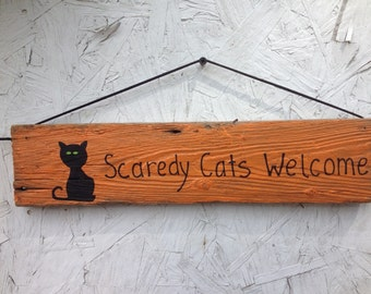 Scaredy Cats Welcome reclaimed wood sign, Halloween Sign, Fall Sign, Halloween Decor, Fall Decor