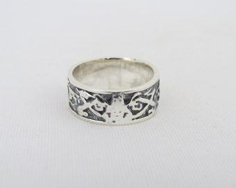 Vintage Sterling Silver Carved Band Ring Size 6