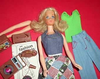 Vintage Busy Barbie With Holding Hands Doll