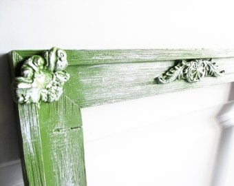 Moss Green Frame Empty Painted Shabby Chic Old Vintage Frame Embelisshed Wall Groupings Wedding