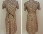 """1930s/1940s German Green Print Dress - Buttons in the Back - NOS (33""""-34"""" Waist)"""