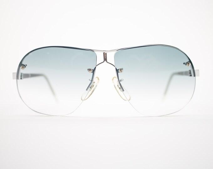 70s Vintage Sunglasses | Oversize 1970s Aviator Style | Grey Gradient Lenses | Vintage Deadstock - Minus Grey